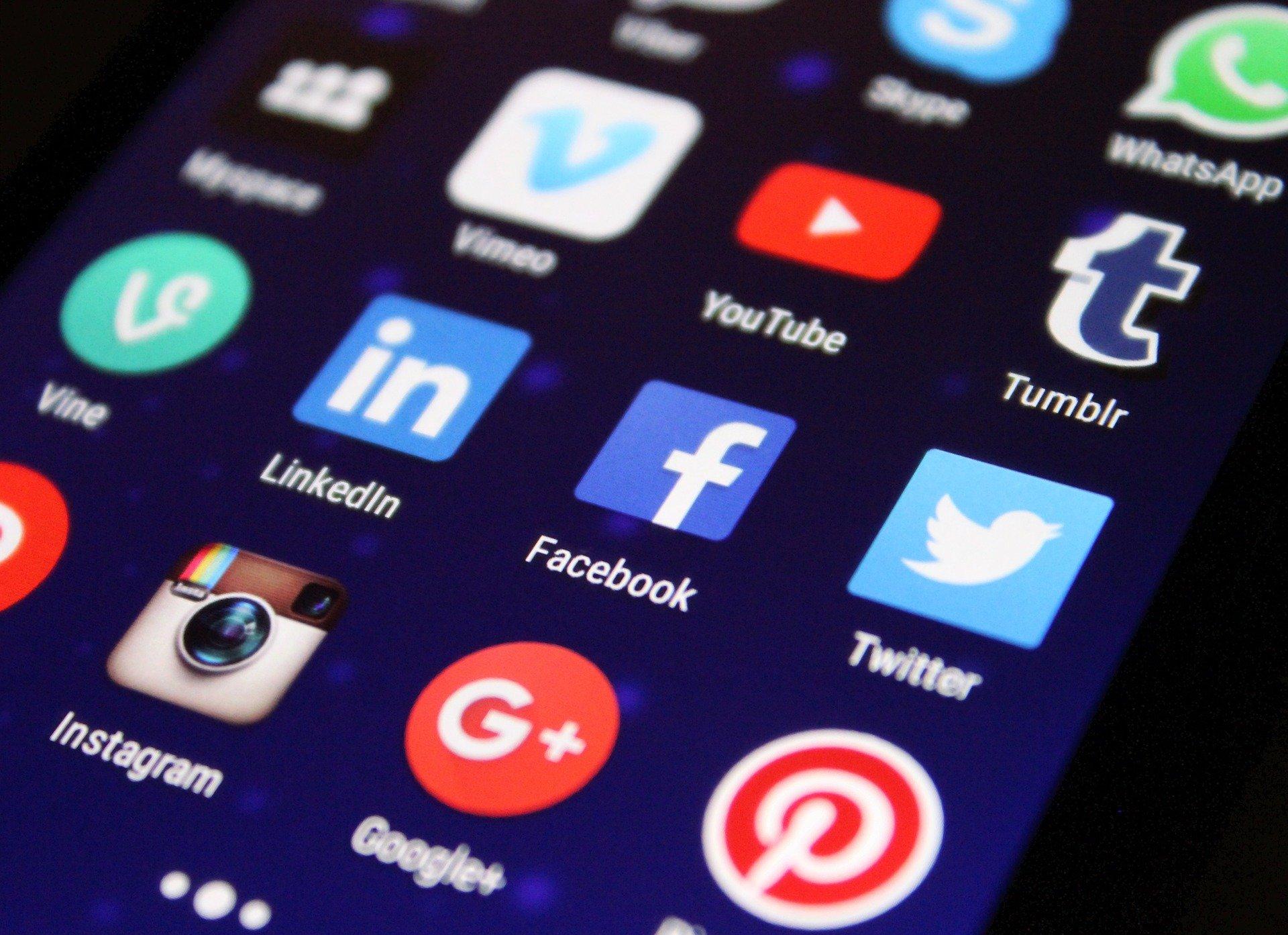 Tweeter, Linkedin, Google+ et Youtube pour votre stratégie marketing